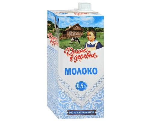 Молоко Домик в деревне ультрапастеризованное 0.5% 950 г - (390549К)