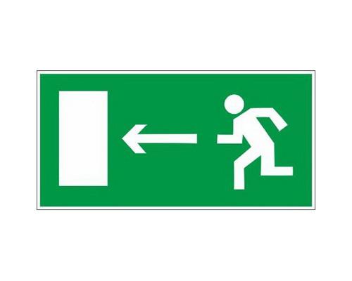 Знак безопасности E04 Направл-е к эв.вых.налево (плёнка,300х150)